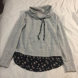 Pretty gray top over flower print bottom
